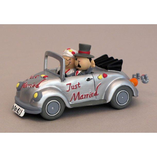 Brudepar i Bobbel bil