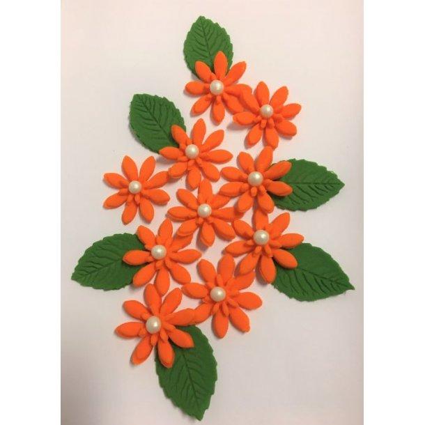 Medium spidsbladede blomster - Orange 10 stk. med lidt blade og perle i centrum
