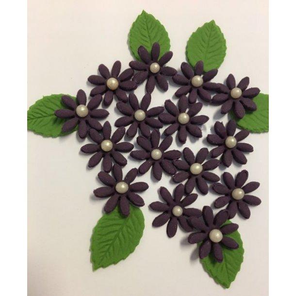 Små spidsbladede blomster - Mørkelilla ca. 12-16 stk. med lidt blade og perle i centrum