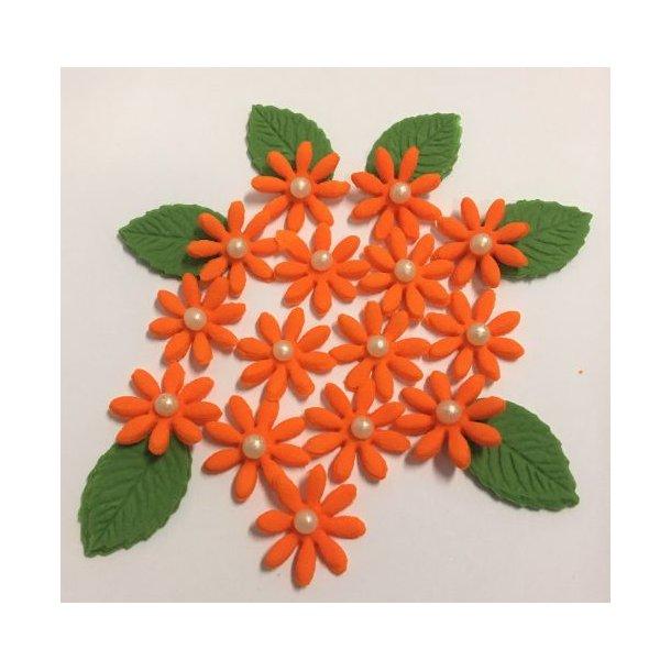 Små spidsbladede blomster - Orange ca. 12-16 stk. med lidt blade og perle i centrum